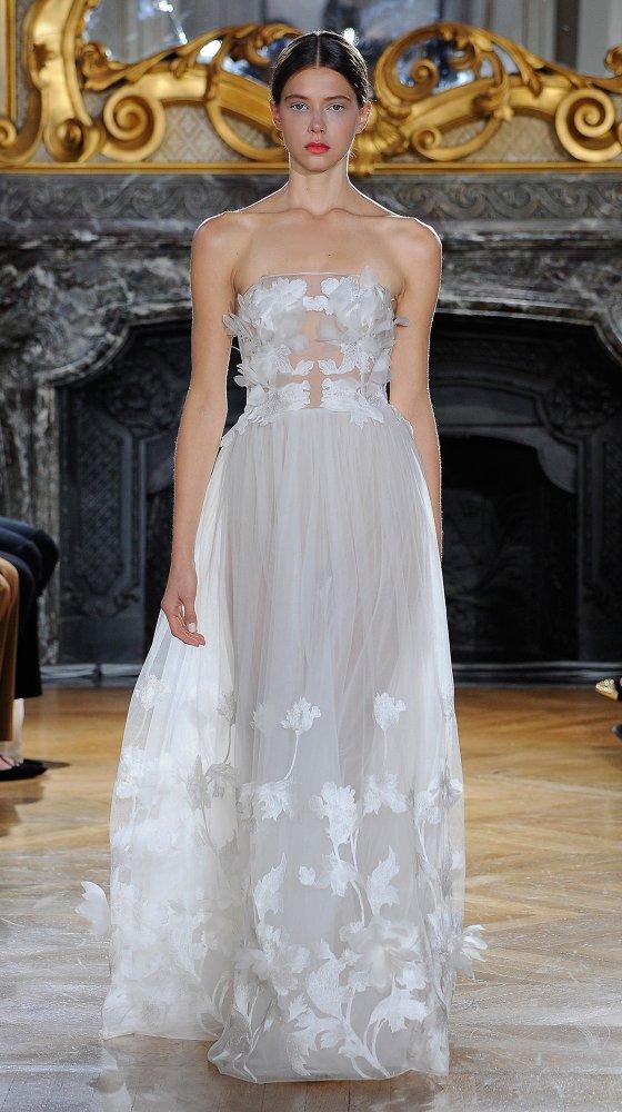 kaviargauche-berlin-label-fashion-mode-brautkleid-bridaldress-wedding-hochzeit_white-iris-collection_airy-iris-bustier-dress_10.jpg