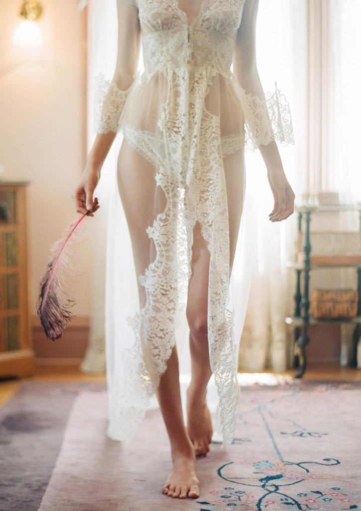 heirloom_lascala_robe_02_1024x1024.jpg