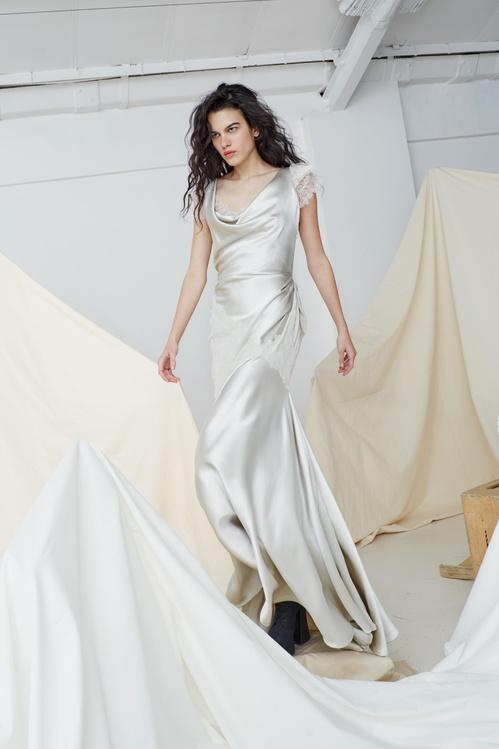 bridal_ss17_couture_05b_theamberdress_jpg_5169_north_499x_white.jpg