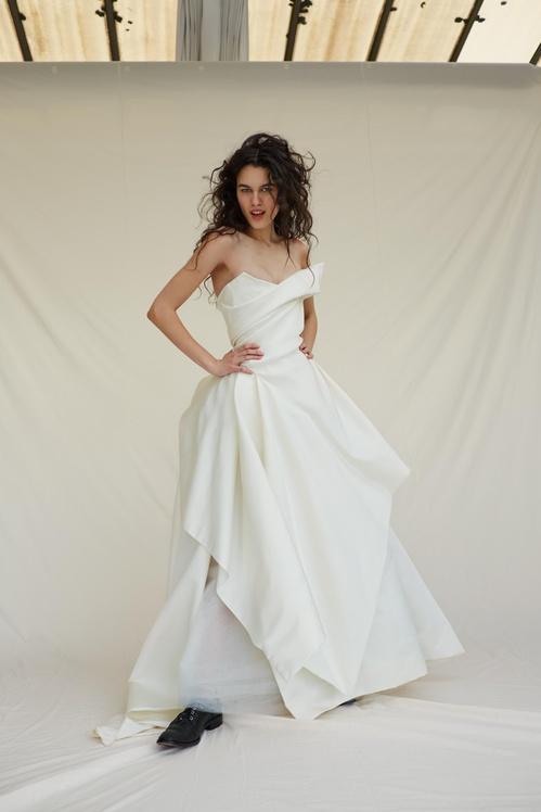 bridal_ss17_madetoorder_08b_thesuenodress_jpg_7496_north_499x_white.jpg