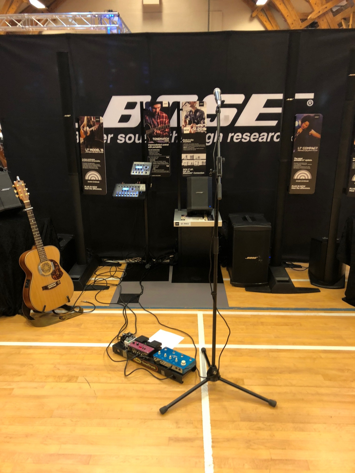 Demoing for Bose at the Copenhagen guitar show….