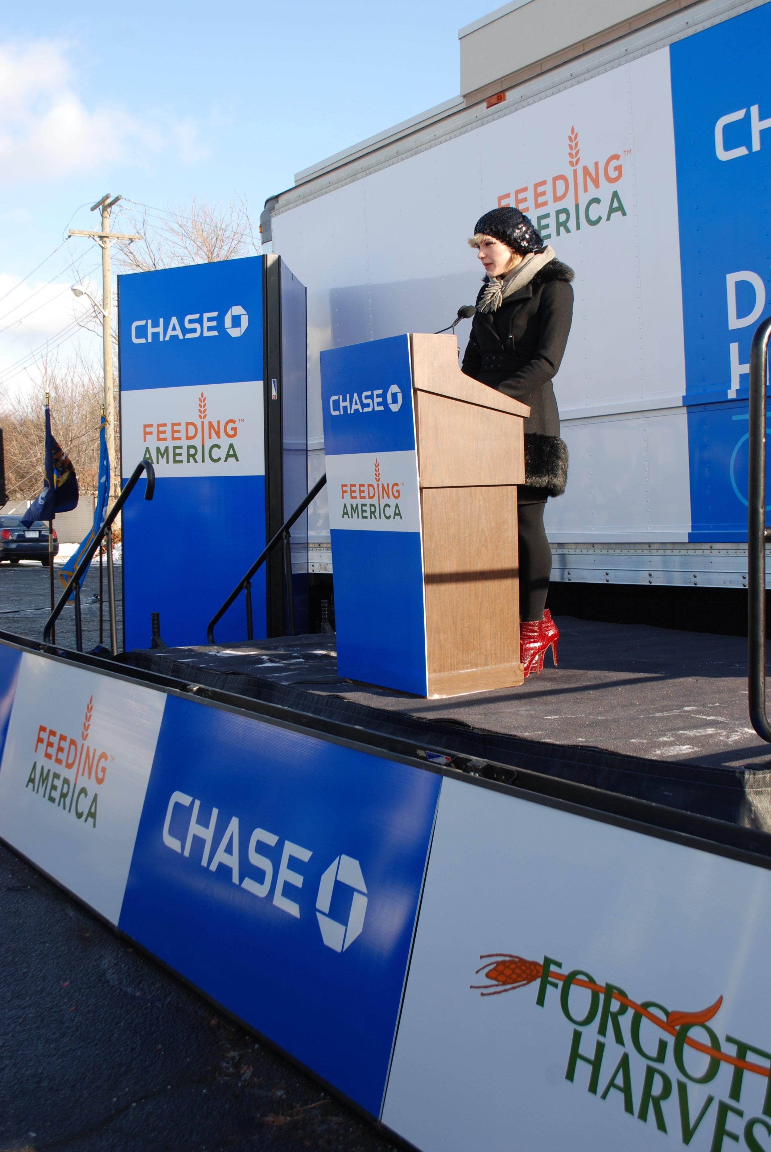 ChaseFeedingAmerica_APCG3.jpg