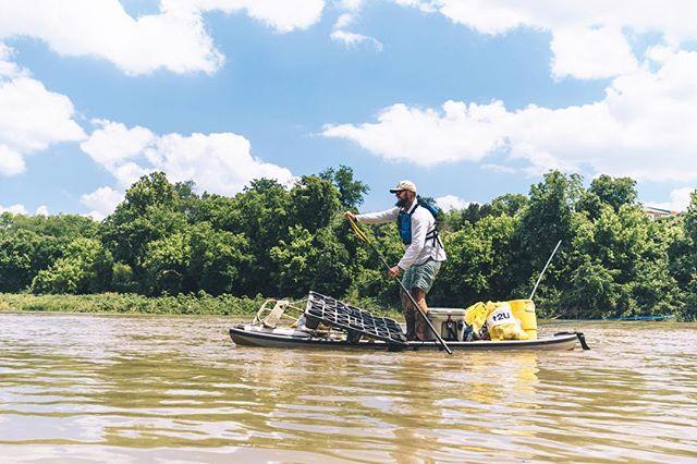 Garbage Barge #ERTX #locotrashbash. . . . . @yeti @texasparkswildlife #creeksandgeeks #bassfishing #kayakfishing #getoutside #itsbetteroutside #atx #texas