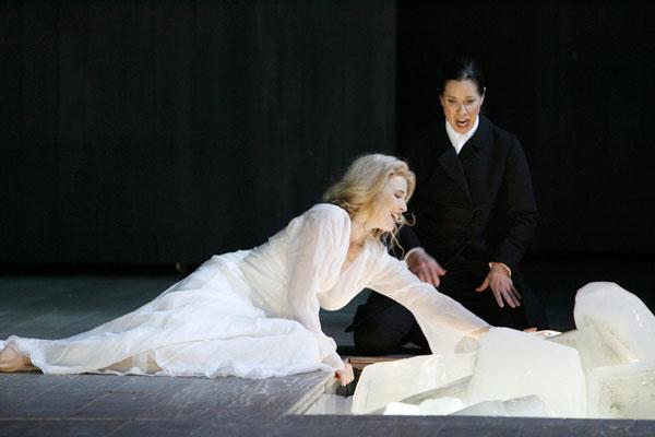 Brangaene, Tristan und Isolde, Bremer Theater.jpg