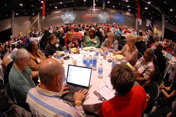 cinci---06---table-and-room.jpg