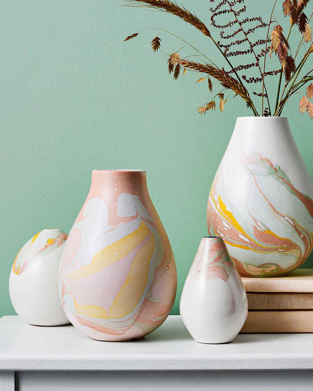 marbleized-vases-0617-102998414_vert_0.jpg