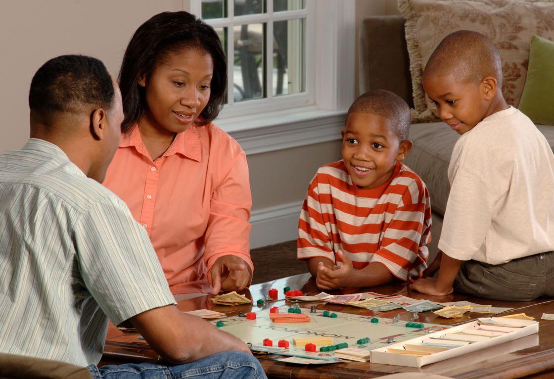family monopoly 1120 2.jpg