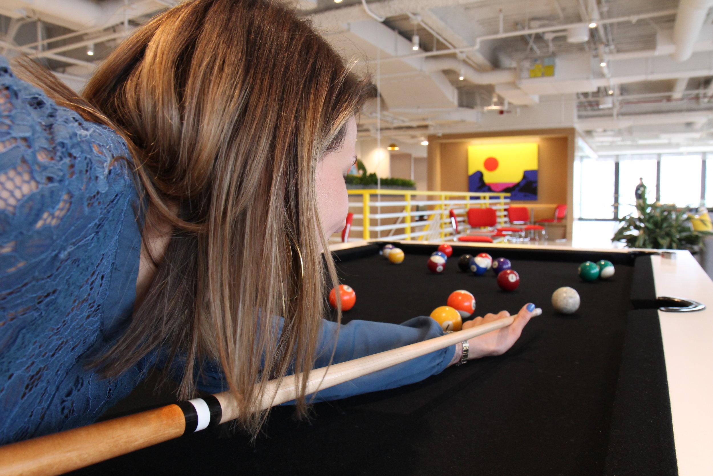 Jennifer Playing Pool.JPG