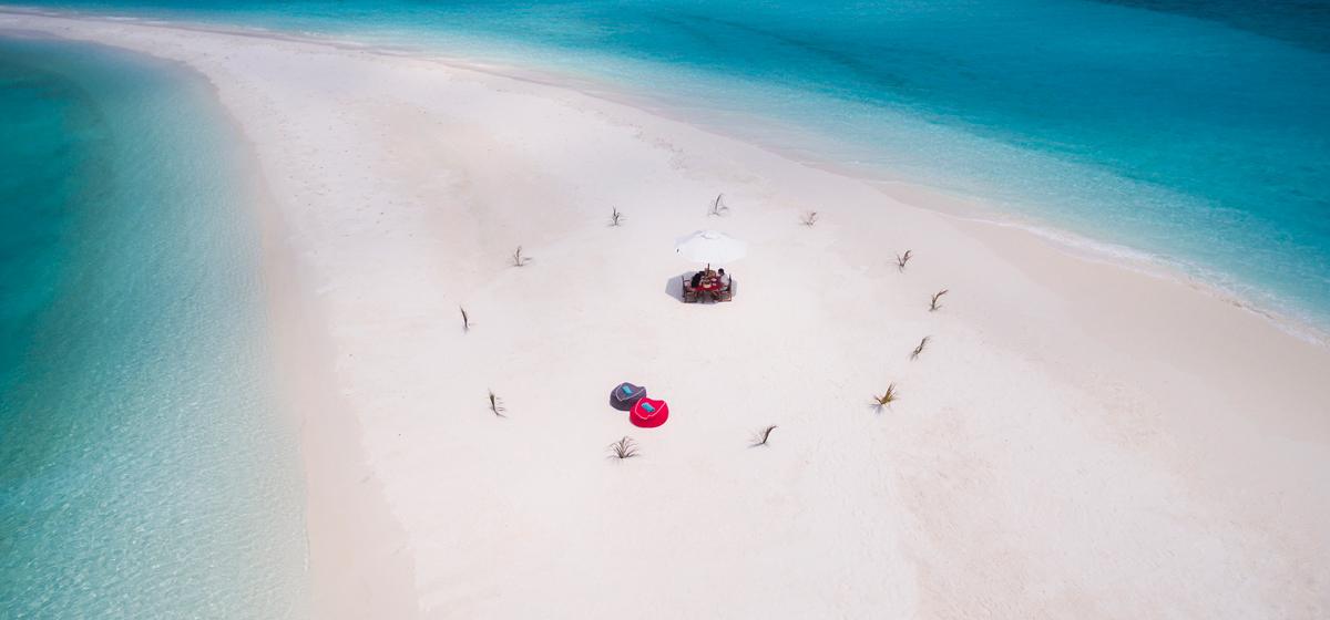 HVF_DestinationDine_Sandbank_Aerial.jpg
