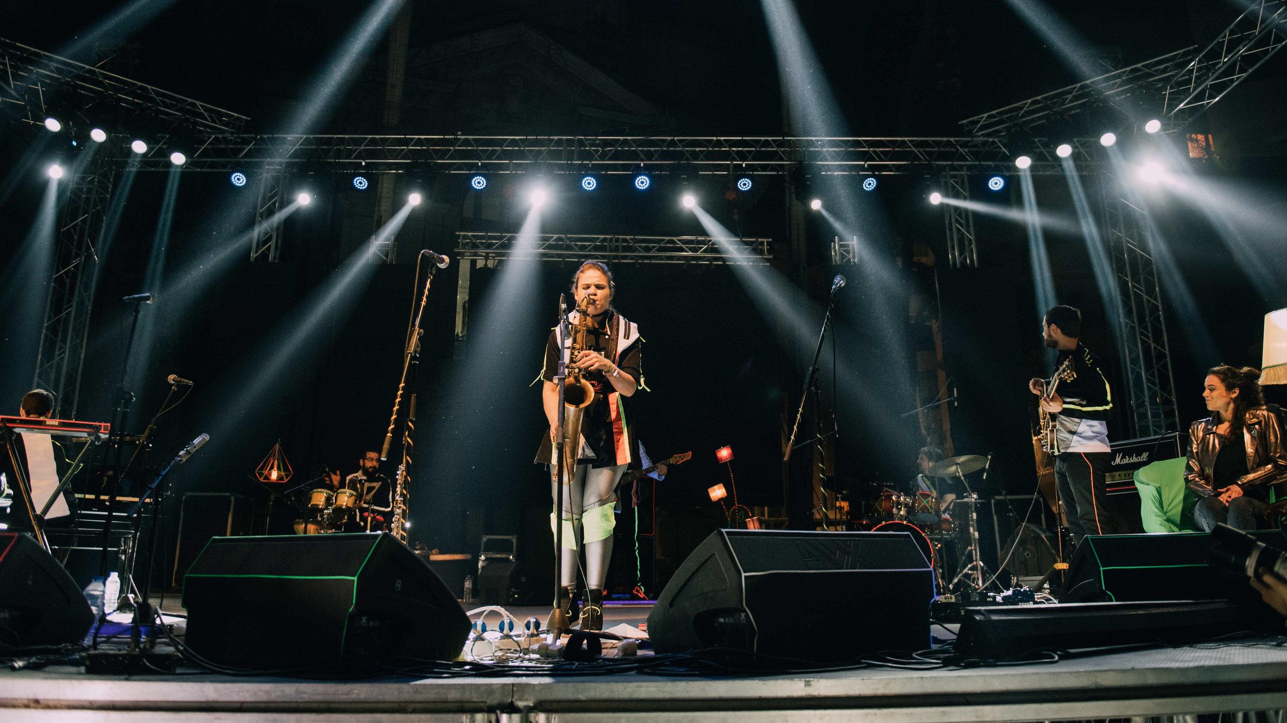 Stage_with_Afroditi_Beams_F.jpg