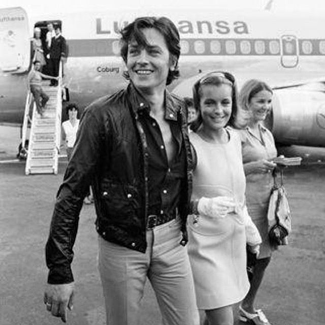 Inspiration Thursday 🔝 #iwearbaas . French actor A.Delon et R.Schneider arriving in the #FrenchRiviera #sttropez . . . . #inspiration #sunglasses #menstyle #womenstyle #mensfastion #menwithclass #lifestyle #couplegoals #summer #sun #saturday #goodvibes #free #begood #ibiza #mykonos #steampunk #steampunksunglasses  #vintage #freeshipping #worldwideshipping #weekensvibes #dappered #menwithstyle #baasboi #throwback #goldenage
