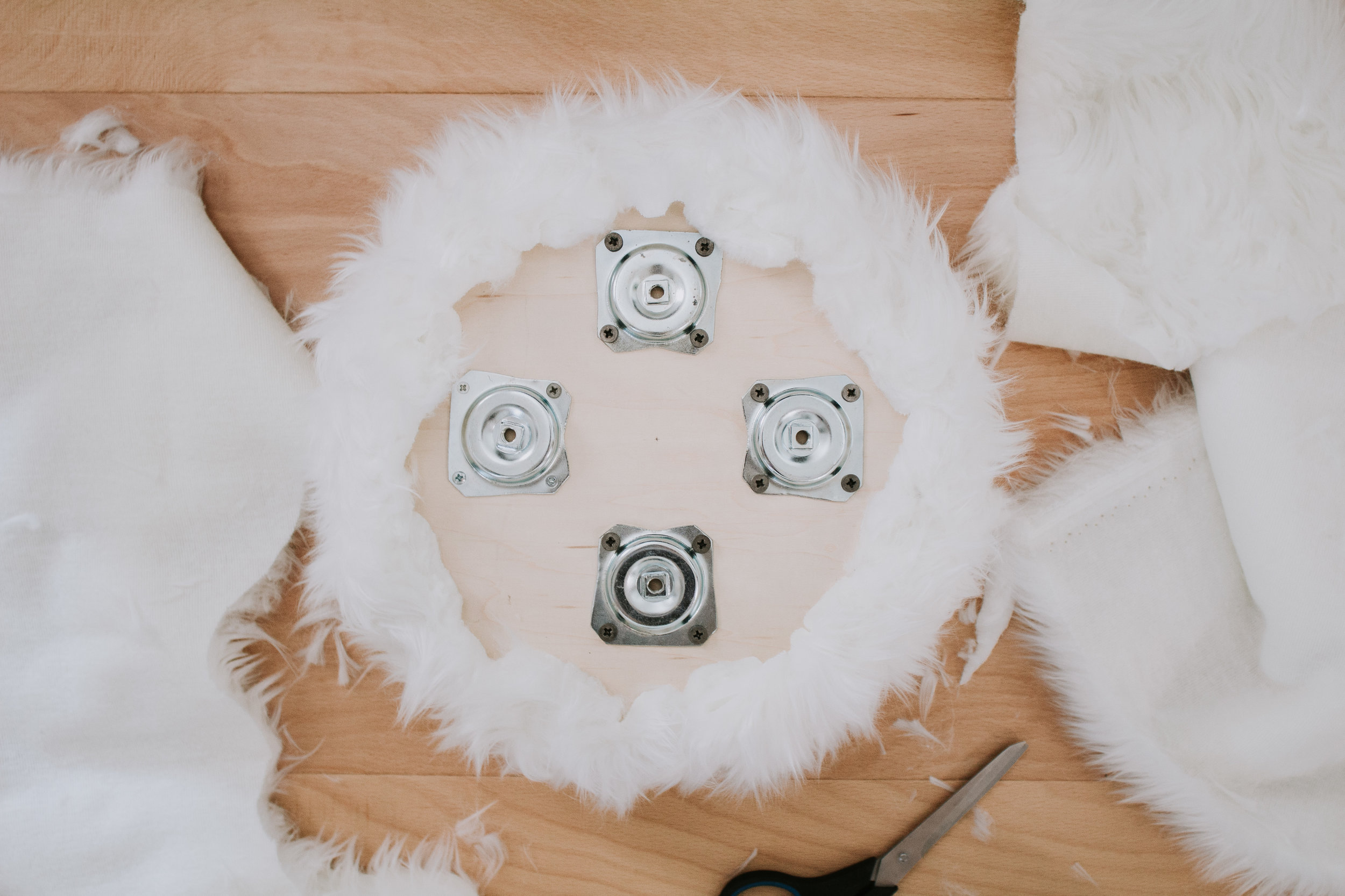 DIY Faux Fur Foot Stool - make your own modern fluffy foot stool