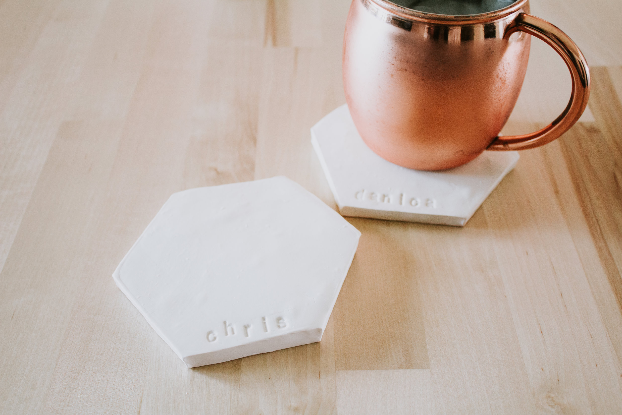 3 DIY Christmas presents they'll love - Make your own custom hexagon clay coasters - stamp your name or word - Easy DIY gift
