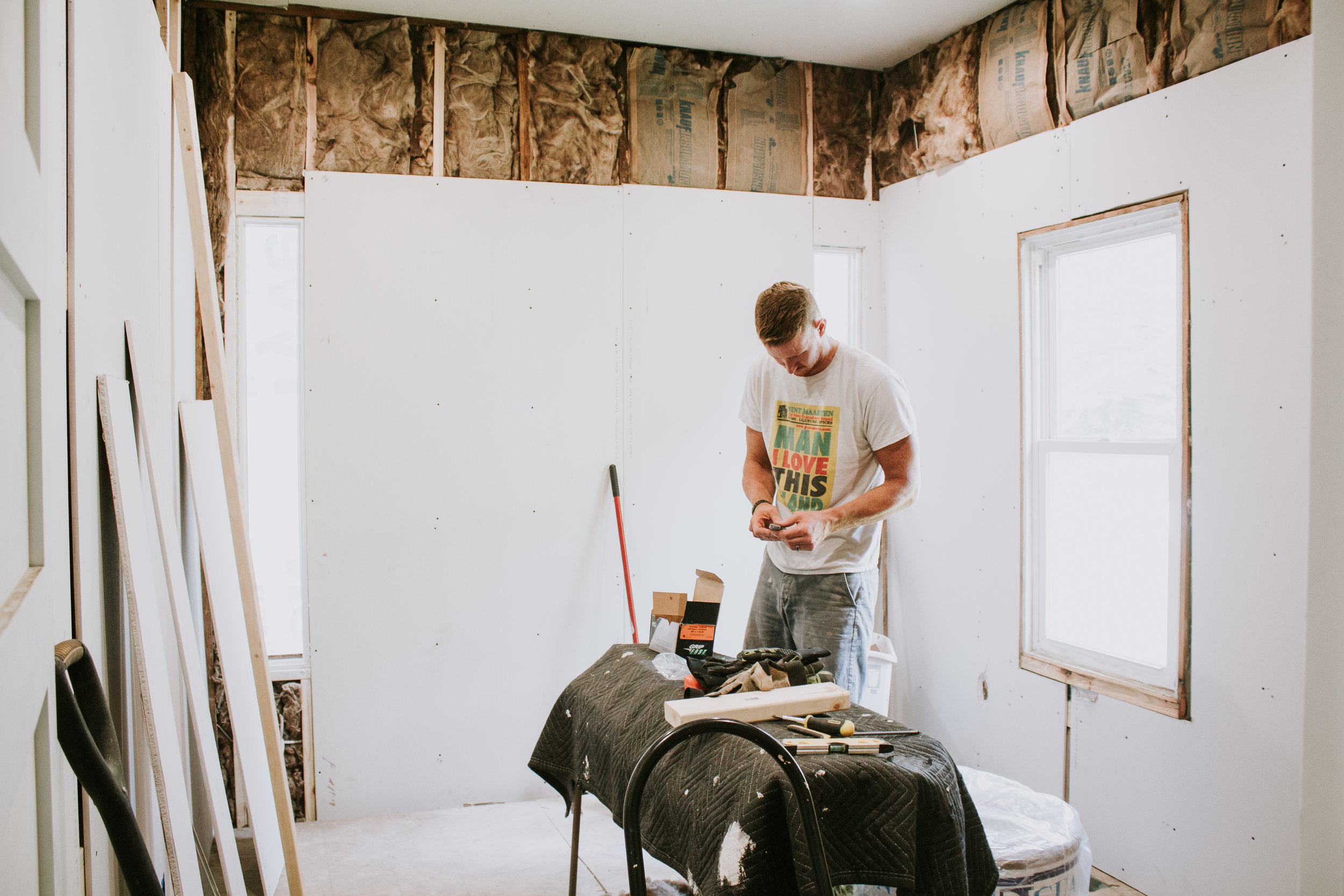2018 in Review - What happened in our lives in 2018 - the behind the scenes of Refined Design - working on our guest room renovation