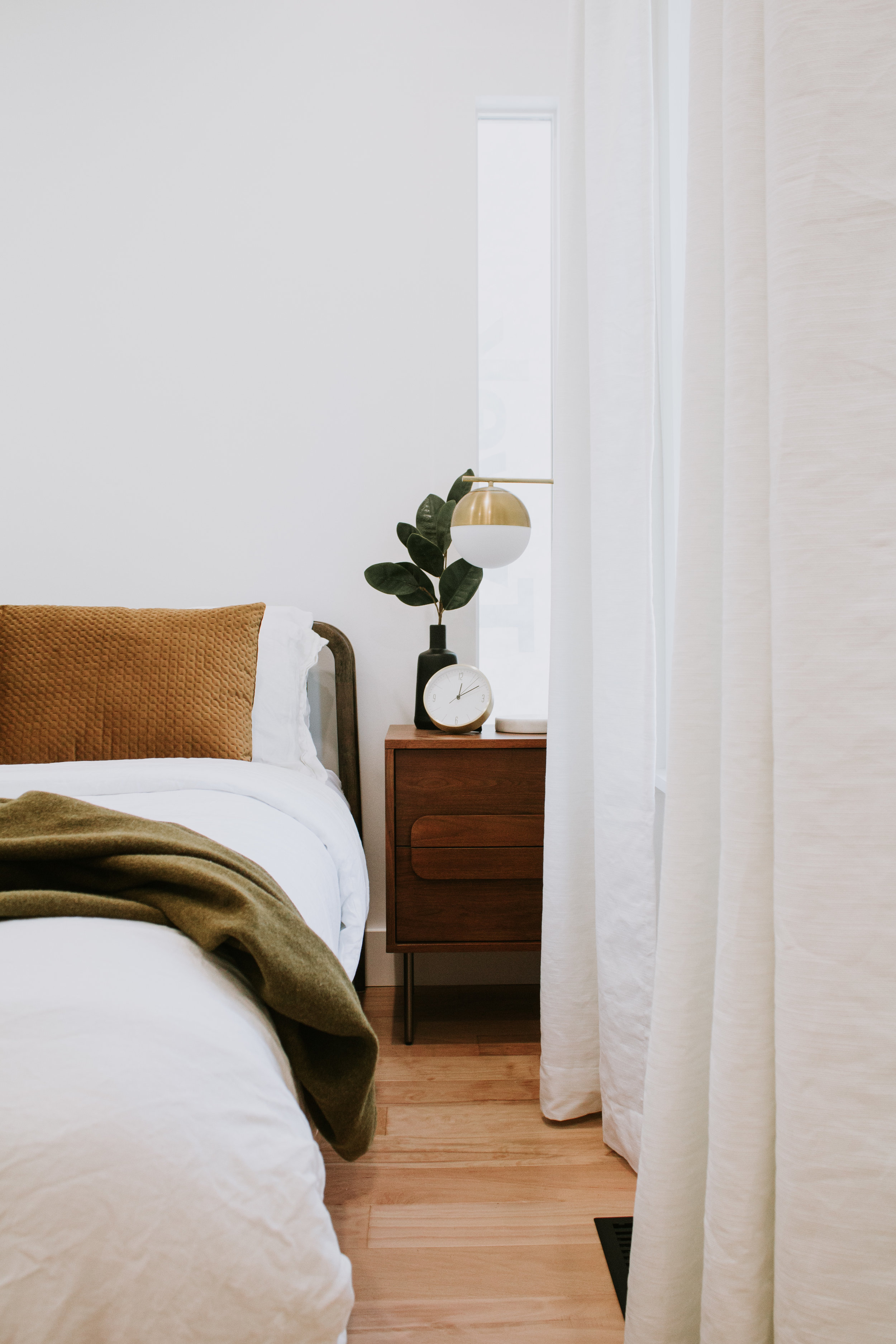 The Guest Bedroom Reveal - A bedroom remodel and transformation by Nadine Stay. Before and After images of our mid century modern retreat.