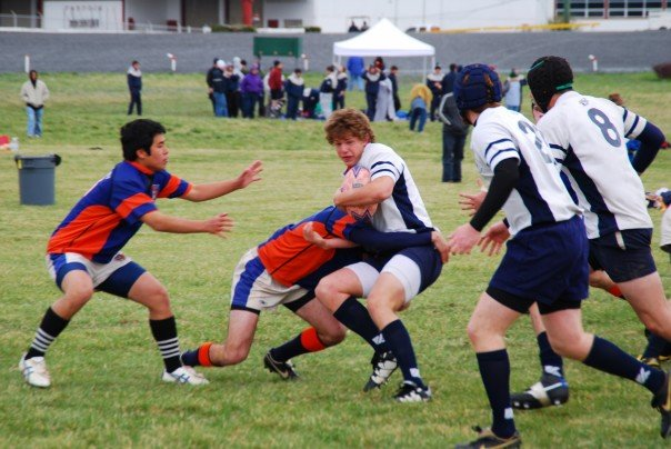 2007.81 Steven Stith taking on tackler.jpg