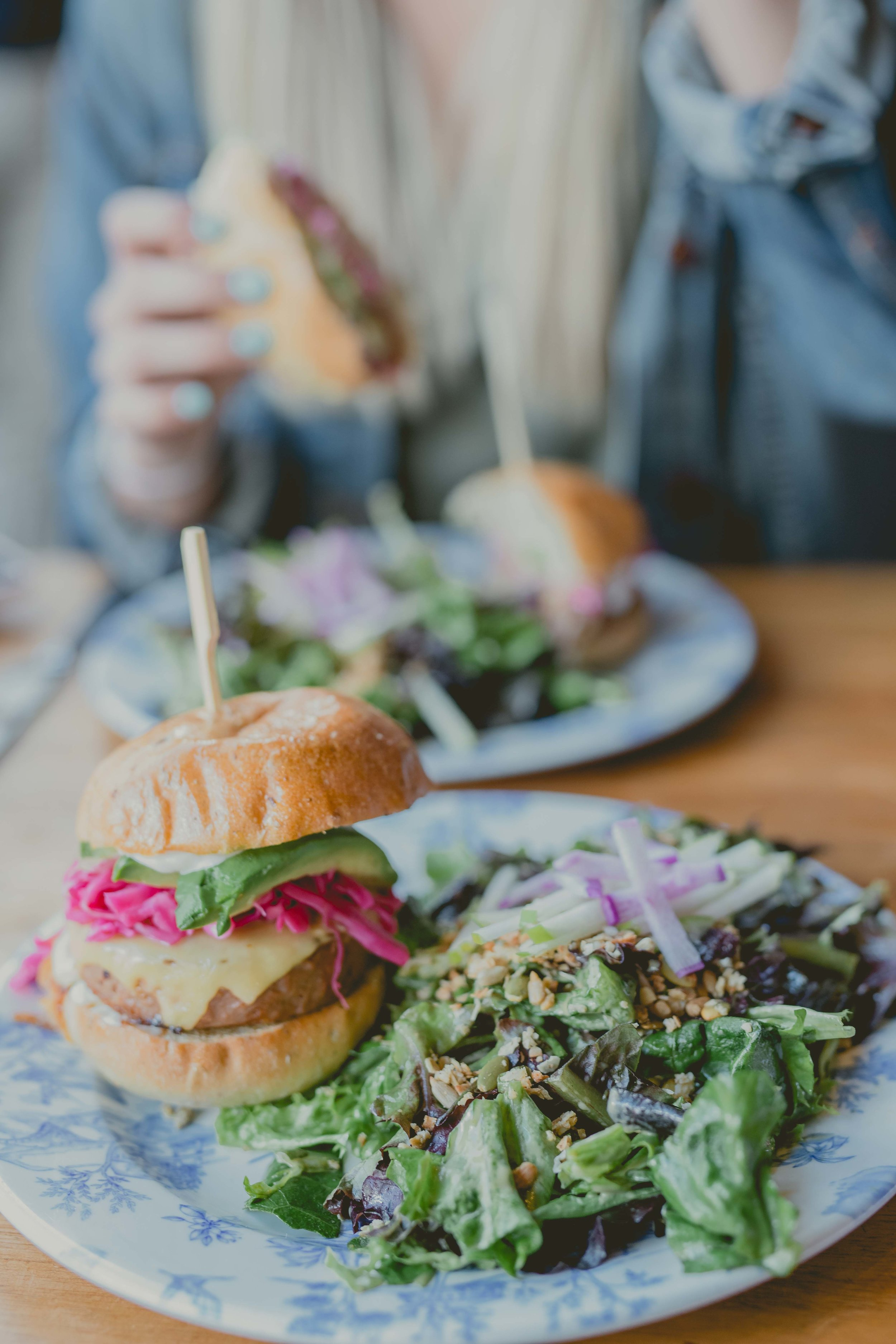 where-to-eat-in-banff.jpg