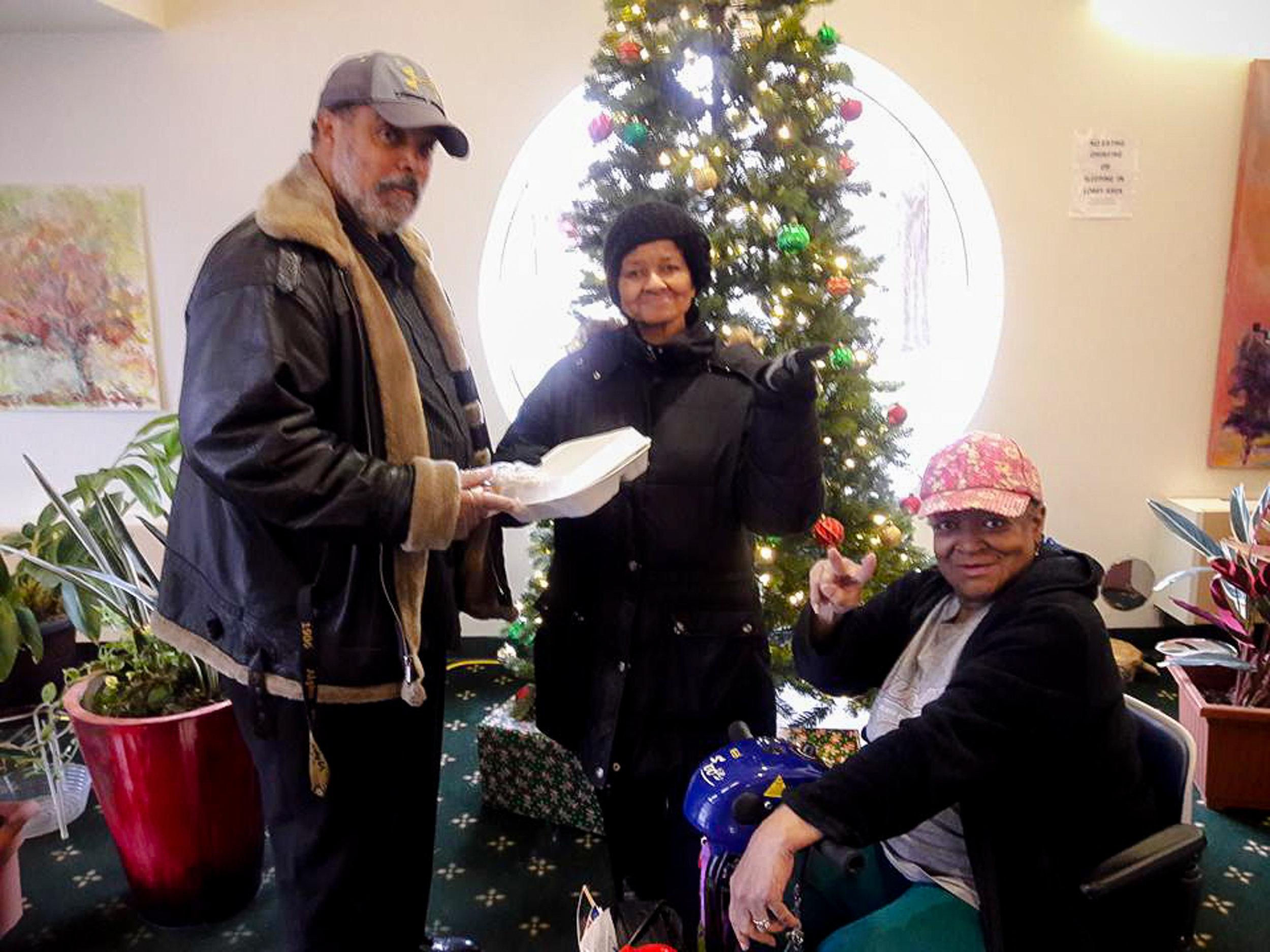Thanksgiving-Detroit-Downriver-APRI-Michigan-lifestyle-ChettaraTPhotography--2.jpg