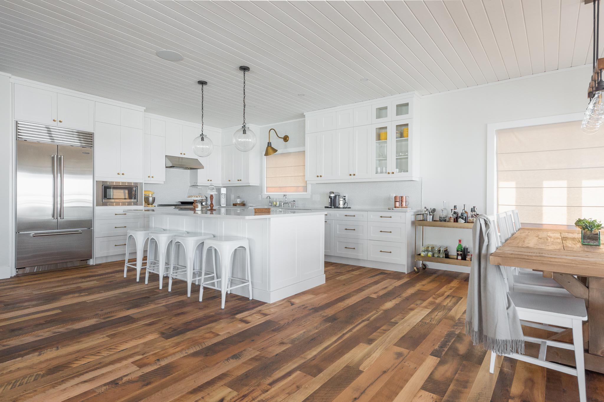 Web Res (For Social) Wabamun Cottage Floors-54.jpg
