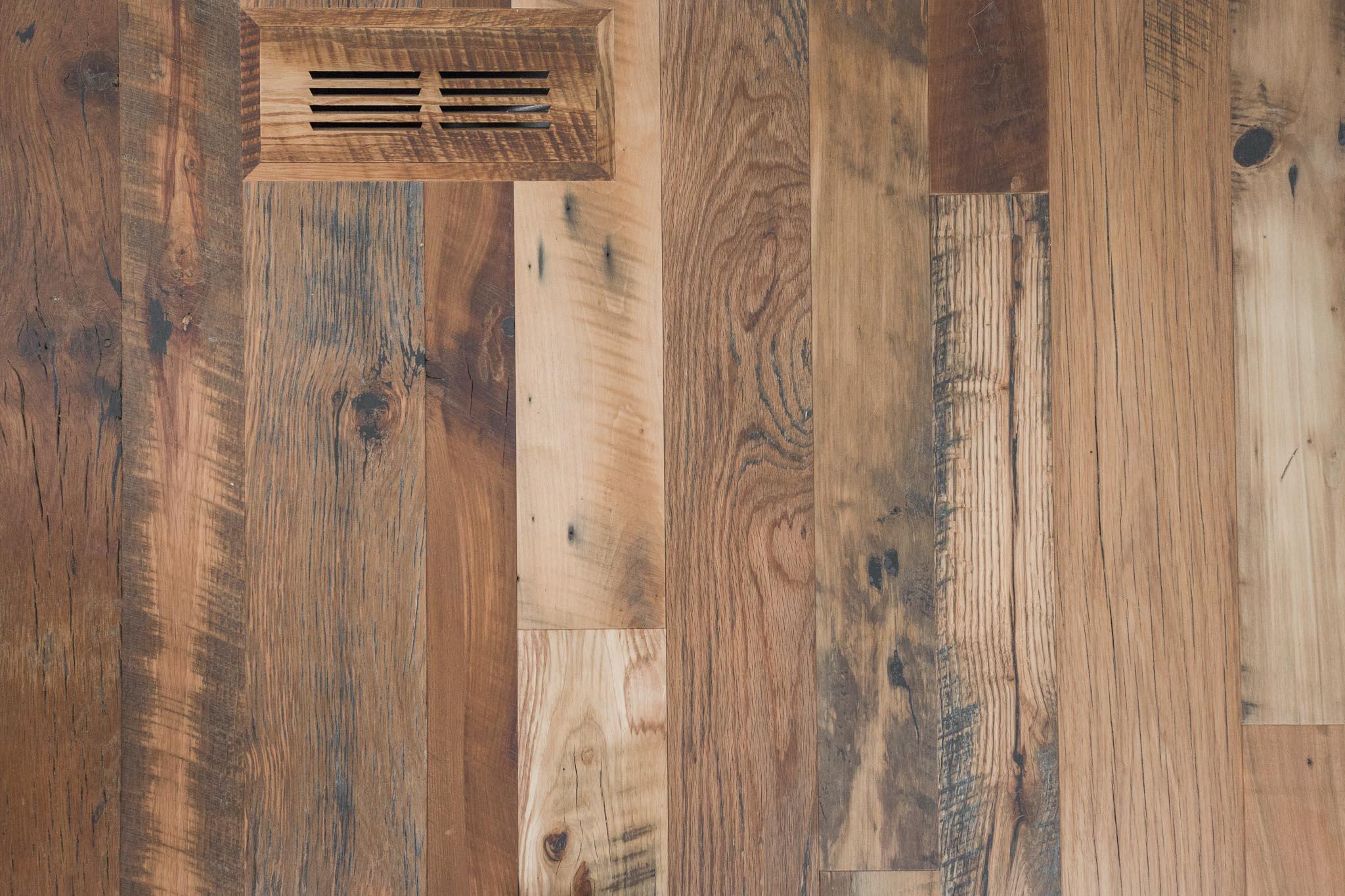 Web Res (For Social) Wabamun Cottage Floors-58.jpg