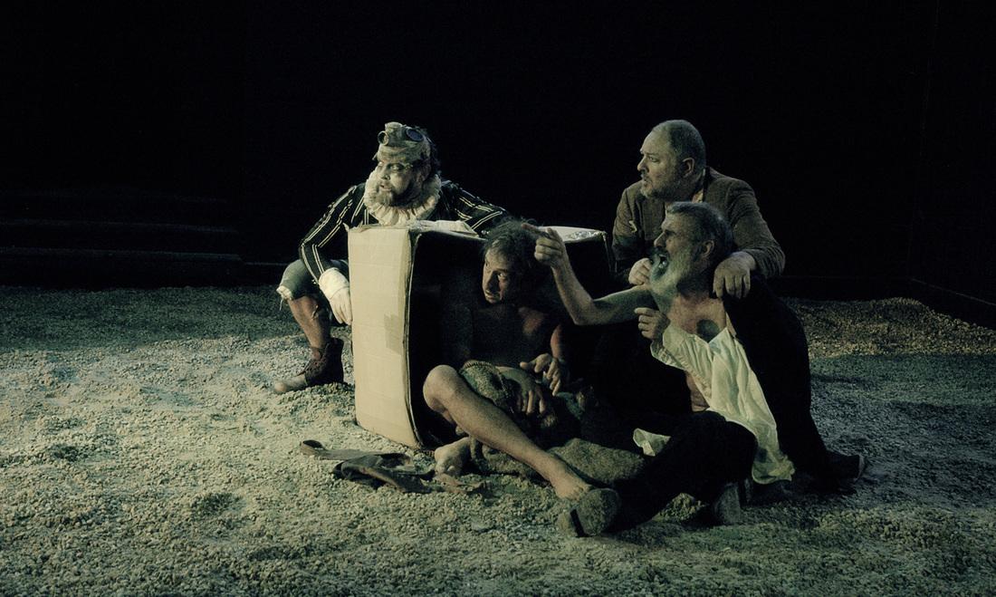 King Lear , 2012. Photo credit: Guy de Lancey.