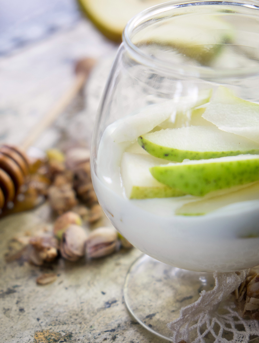 pear-pistachio-parfait