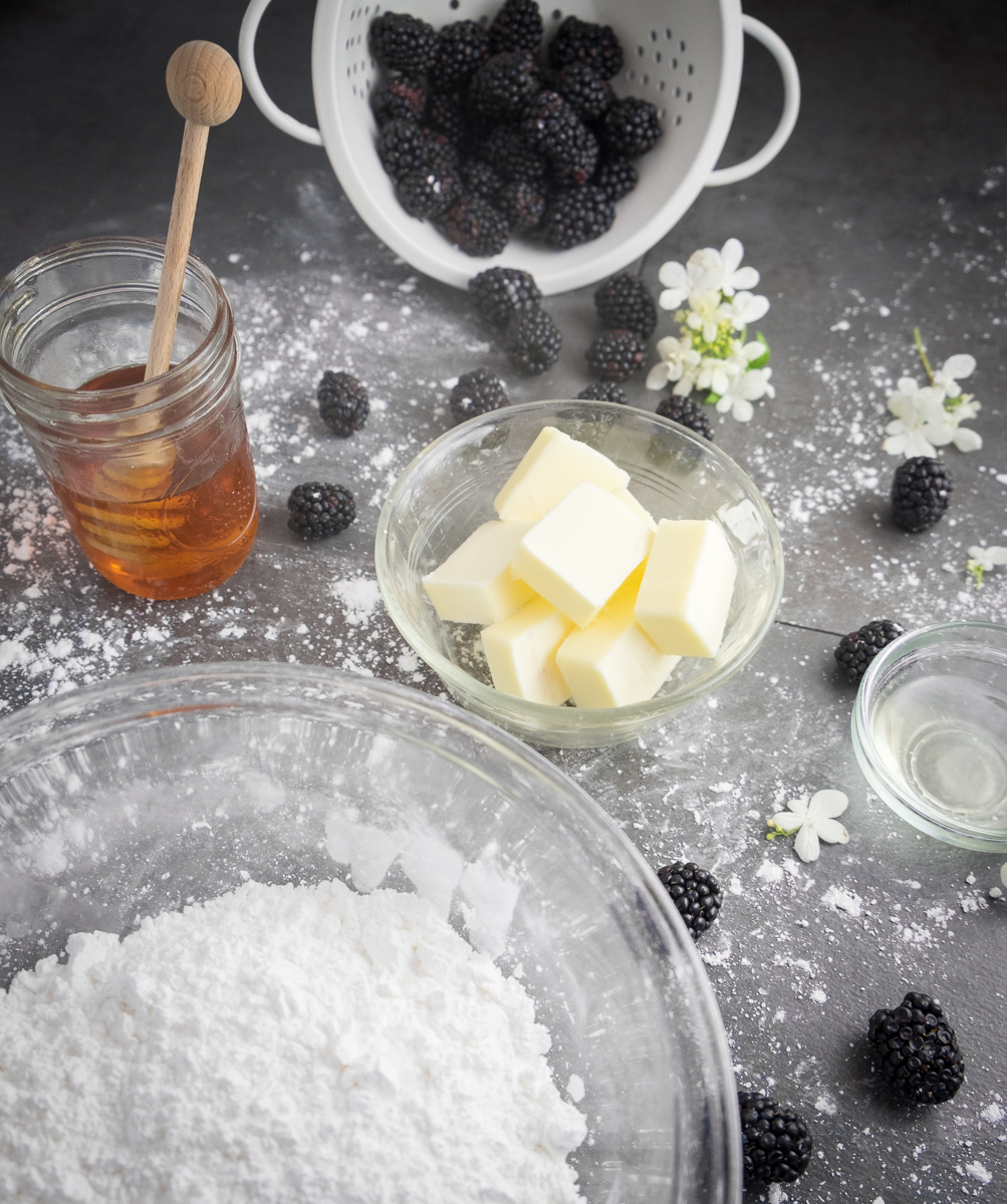boozy-honey-blackberry-frosting