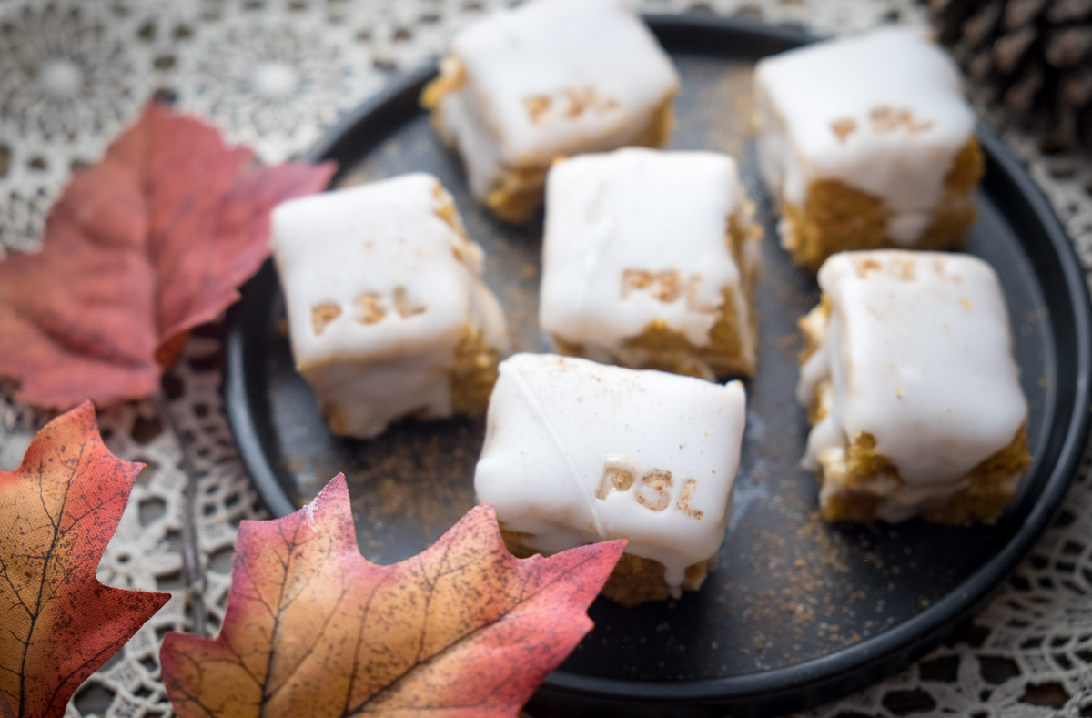 Pumpkin Chai Latte Petit Fours #4 Overhead CloseUp.jpg