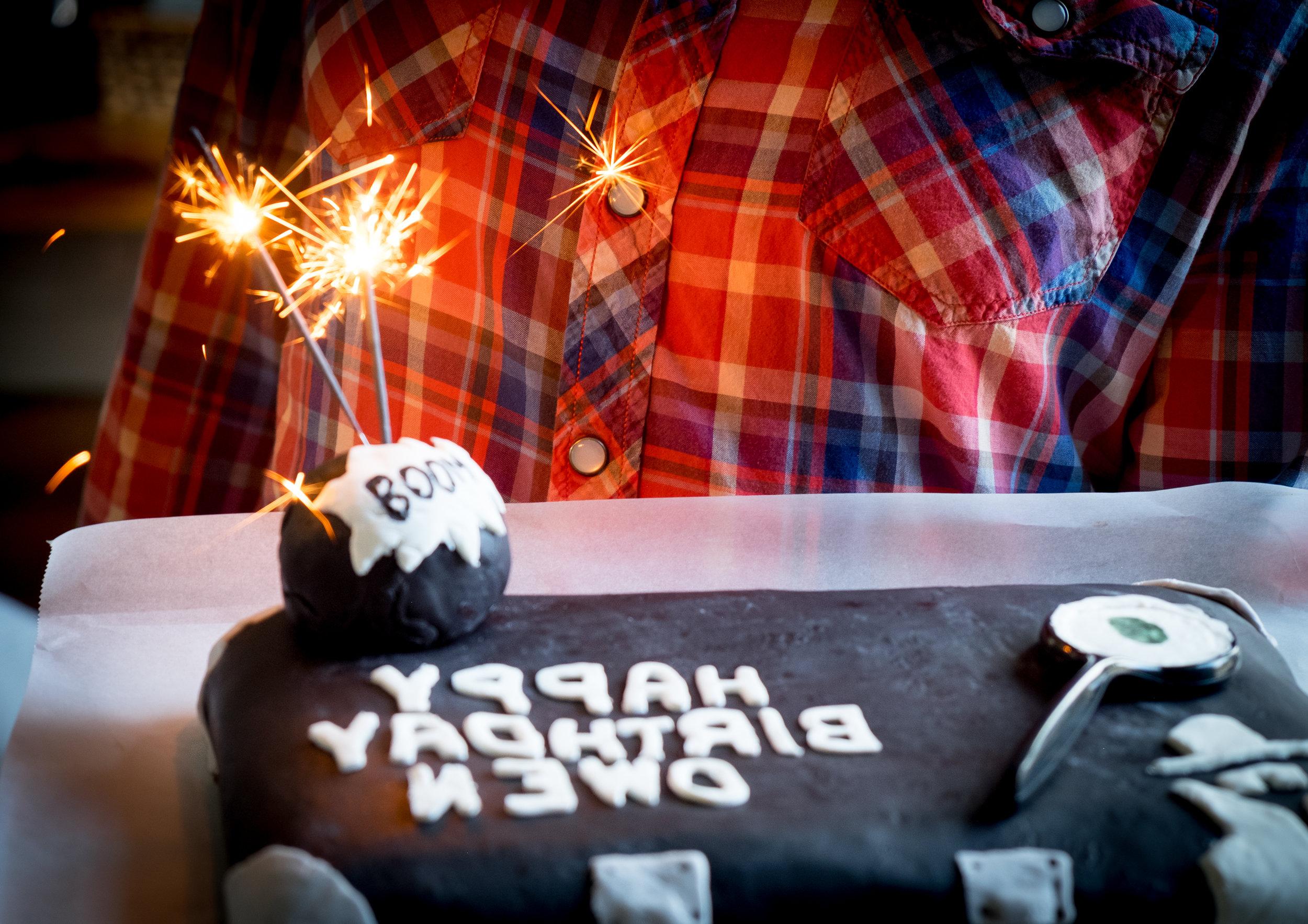 spy-secret-agent-birthday-party-cake