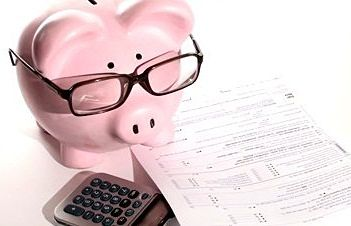 financial-literacy-feed-the-pig.jpg