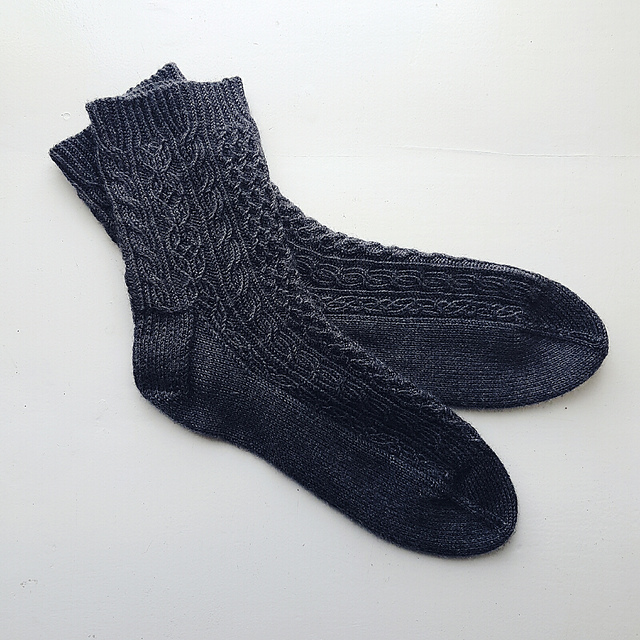 The Bayerische sock pattern features cable cross overs on every single row, hence why I learnt to cable without a cable needle!