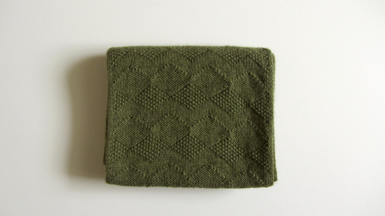 Lovelock Geometric Textural Stitch Pattern