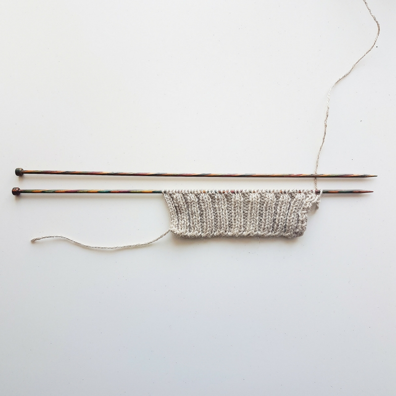 How to Knit the Alternating Cable Cast-On for 2x2 Rib