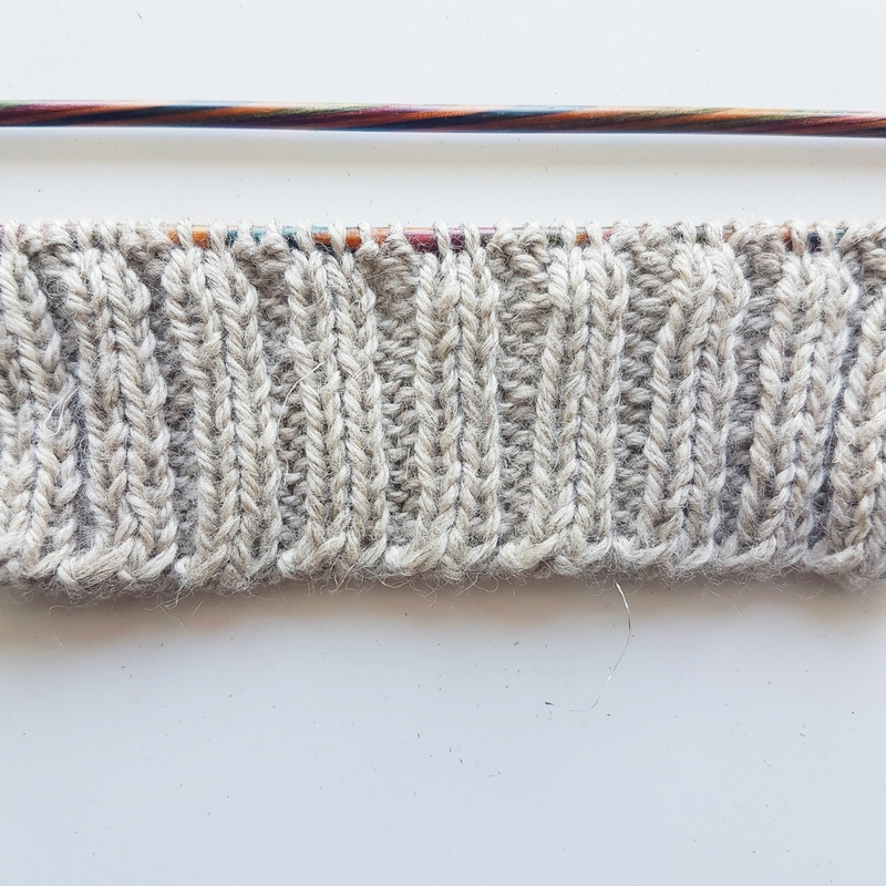 Alternating Cable Cast-On Tutorial