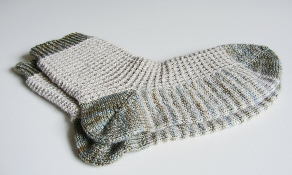 Free sock knitting pattern
