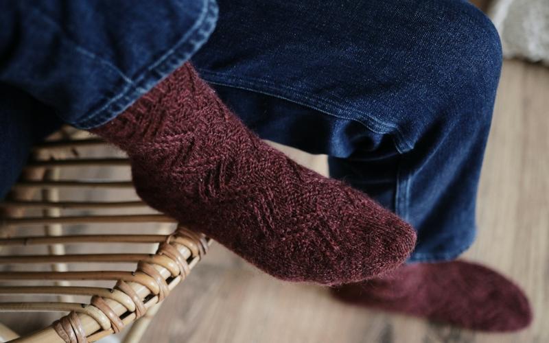 Slipped Stitch Zig Zag sock pattern