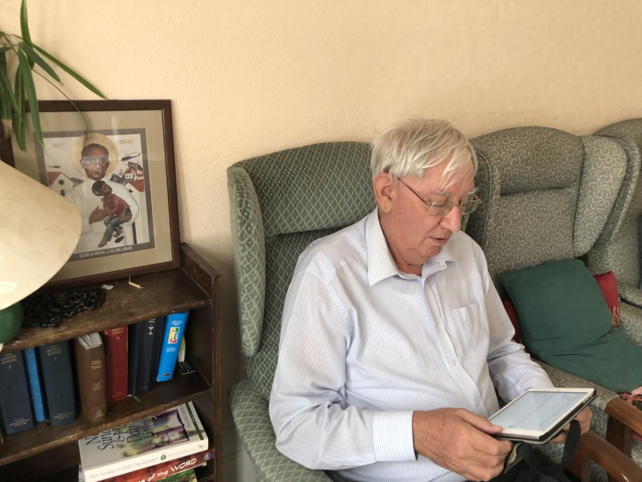 Digital prayer: the daily office on the Ipad