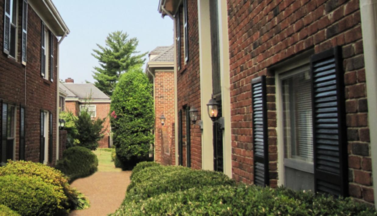 Emblem of Homeowner Association Management Excellence Since 1968