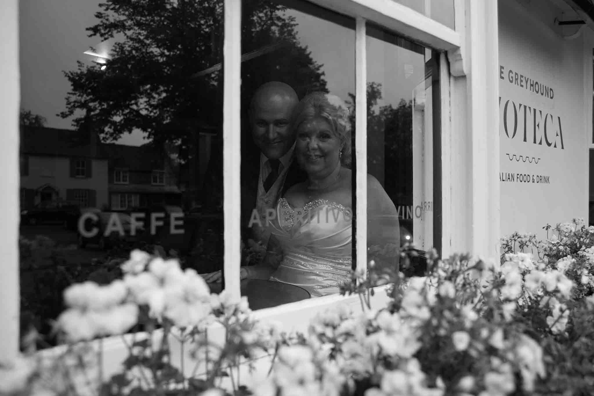 Greyhound Enoteca, St Mary & All Saints Beaconsfield, St Mary's Beaconsfield, Beaconsfield wedding photographer, Beaconsfield wedding, Buckinghamshire wedding, Reportage wedding photography