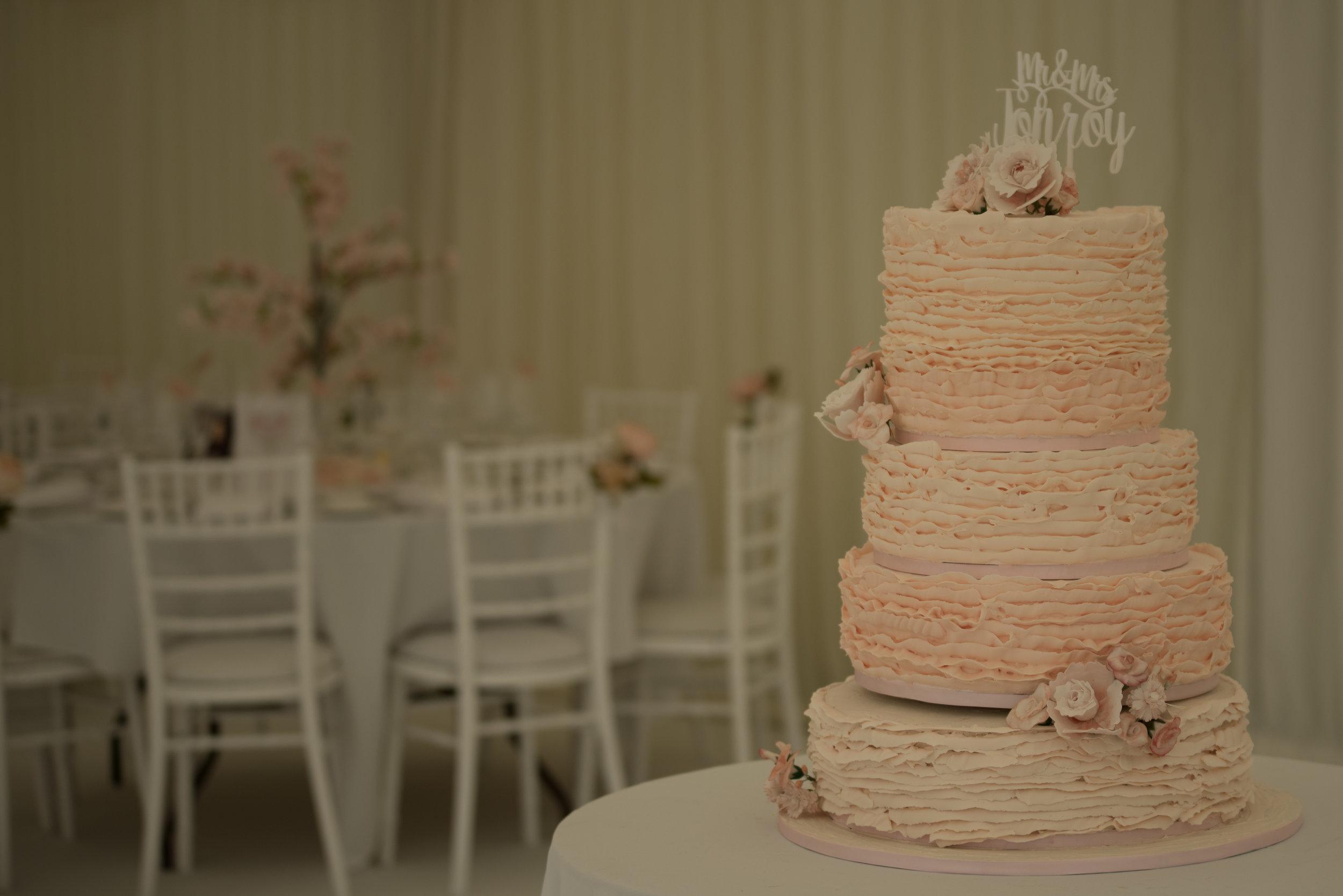 Danesfield House wedding, Danesfield House wedding photography, Danesfield House wedding photography, marquee wedding photography, marquee wedding Buckinghamshire, Canny Cake Company, wedding cake