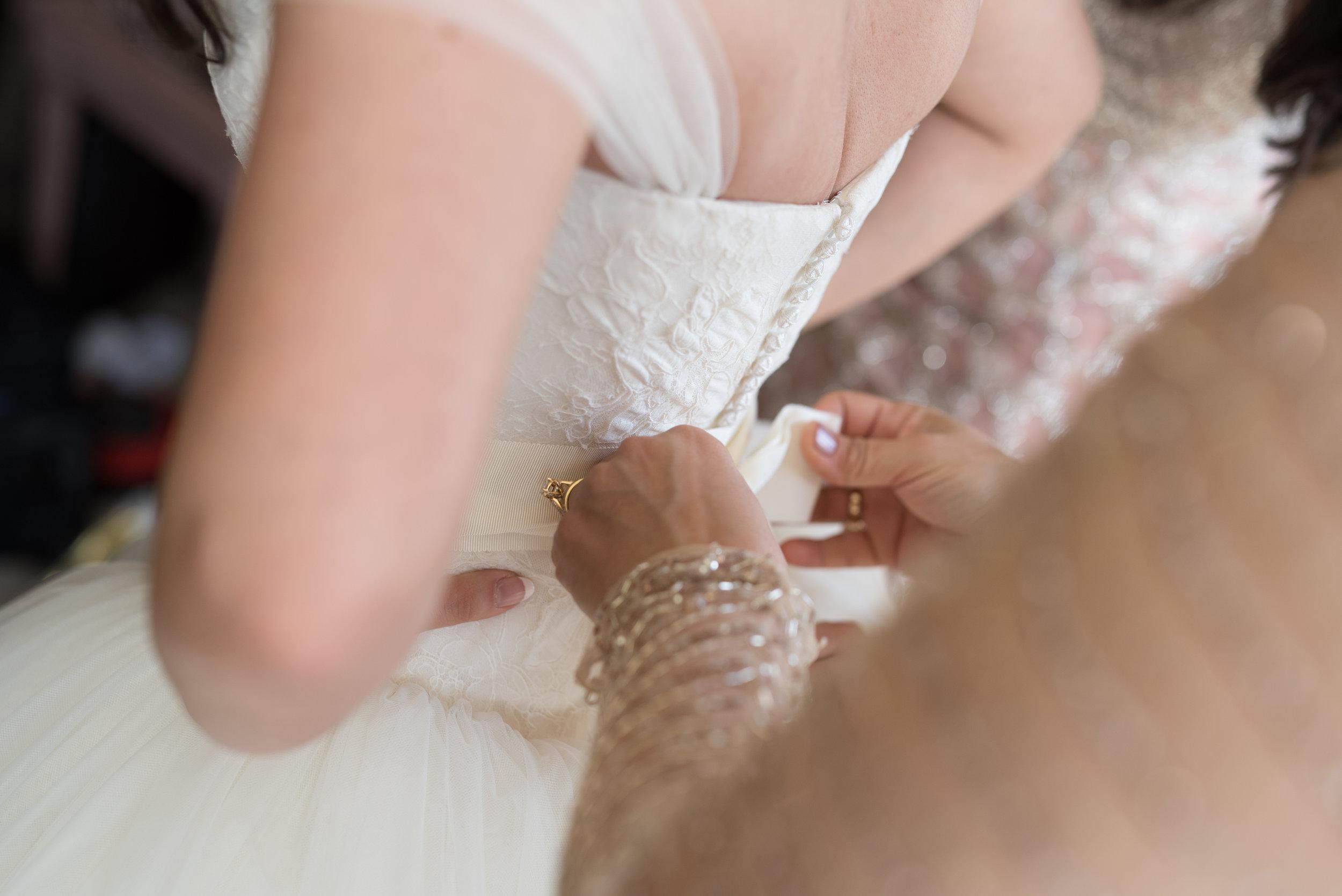 Vera Wang wedding dress, designer wedding dress, Sarah Pipkin Photography