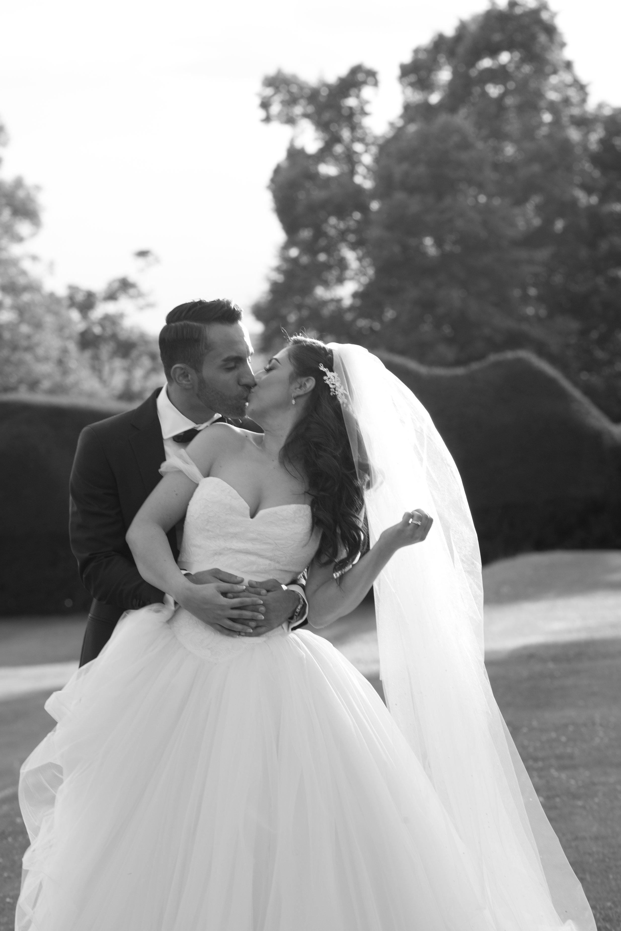 Danesfield House wedding, Vera Wang wedding dress, Buckinghamshire wedding photography,