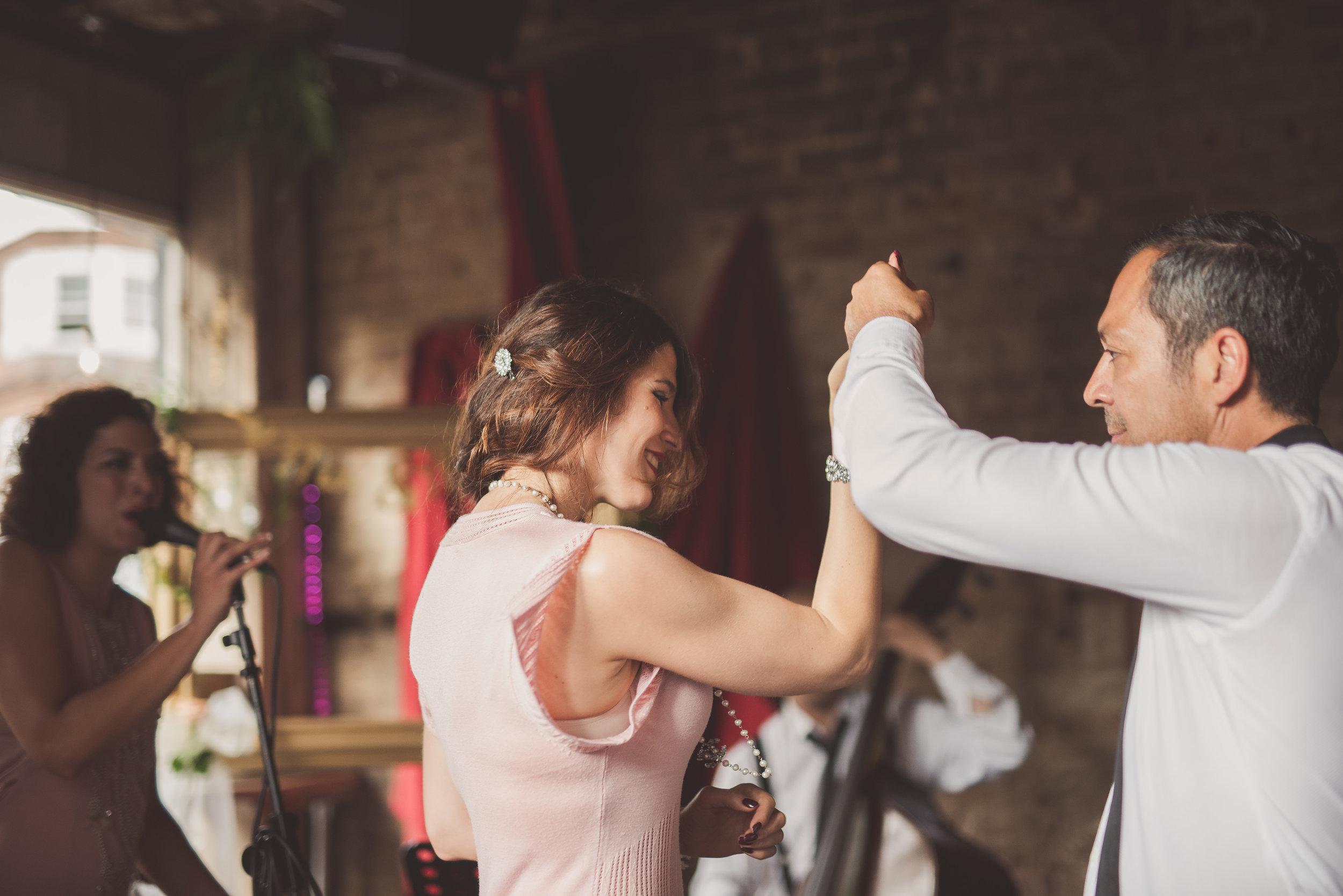 Wedding dance. Wedding dancing. Wedding reception.