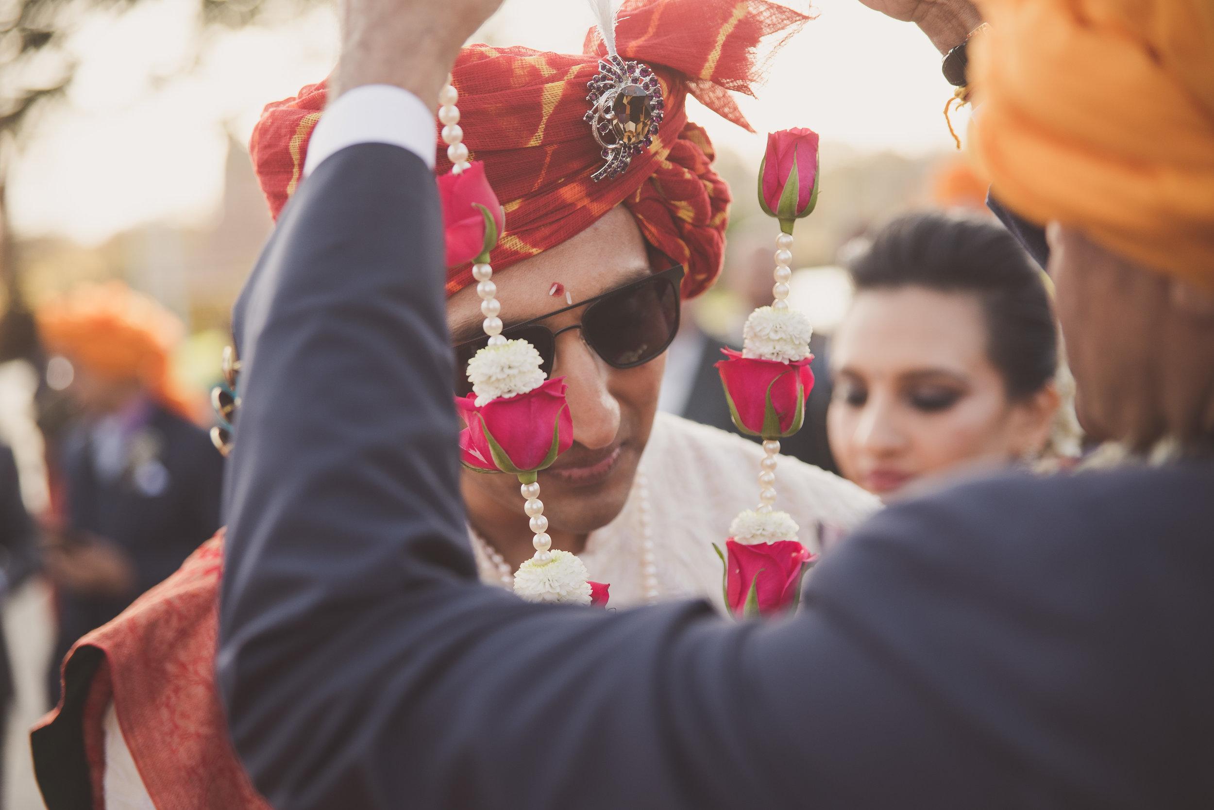 Hindu groom arrives at Oshwal Centre