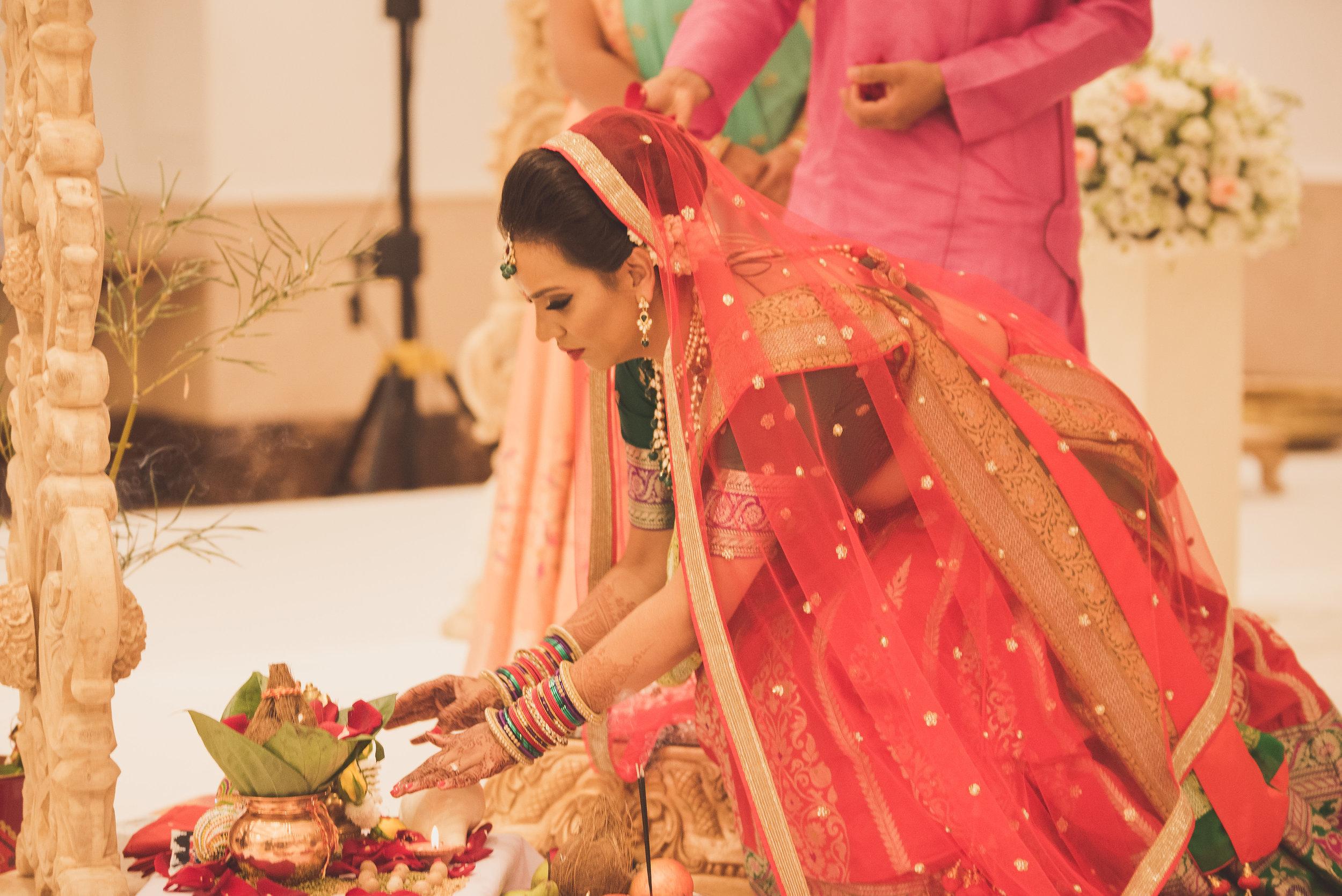 Hindu bride at Oshwal Centre