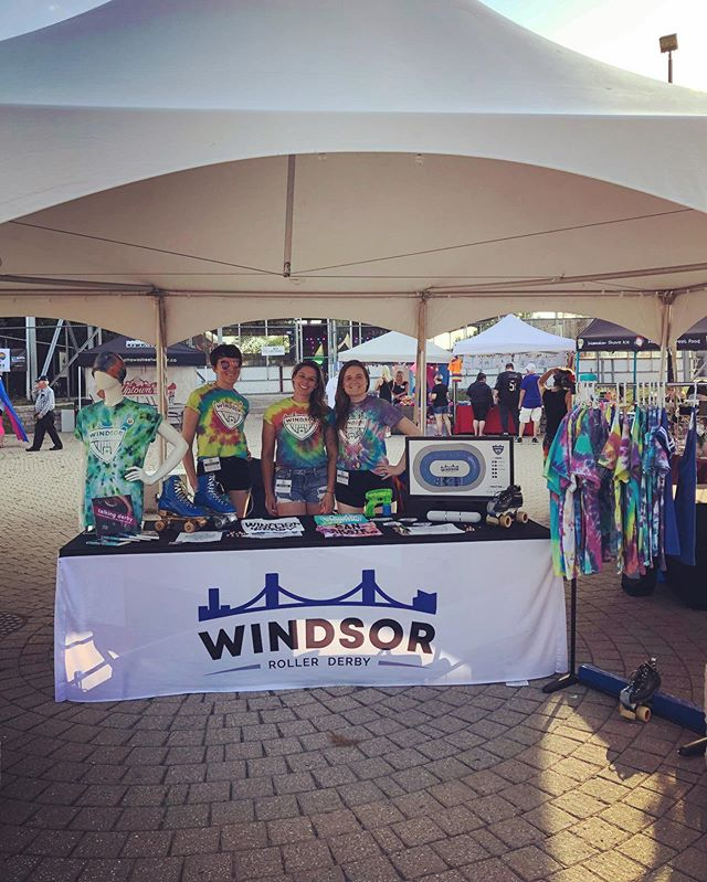 Find us today under the big white tent, right in the middle of Lanspeary Park (conveniently located by the food trucks). @wepridefest . . . . . #windsorrollerderby #rollerderby #derby #quadlife #quadsquad #womensflattrack #rollerskate #windsor #windsoron #essex #essexcounty #fitness #atheletics #athlete #yqg