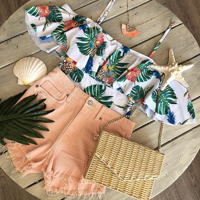 Tropical state of mind 🌴☀️ This bathing suit doubles as a top for those pool parties and beach days. Were open today from 11am - 6pm & closed Monday! #memorialdayweekend #ontrend #palmprint #bathingsuit #tropical #shoplocal