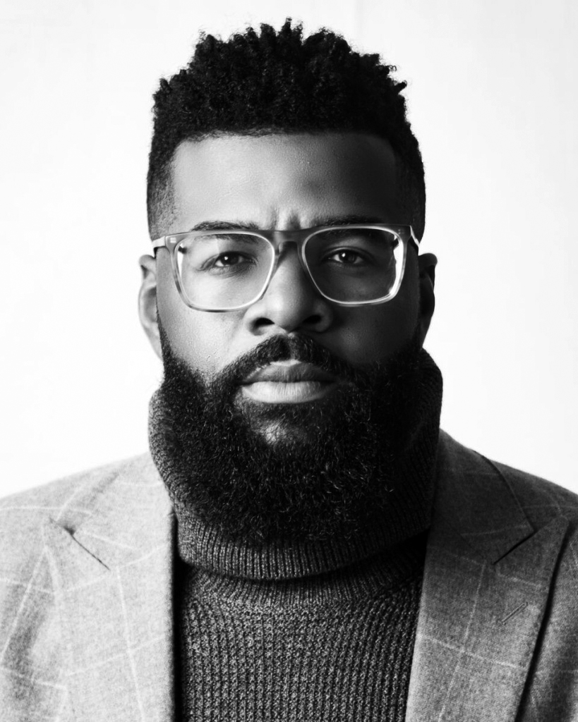 RAYMAR HAMPSHIRE | Branding Black Moderator