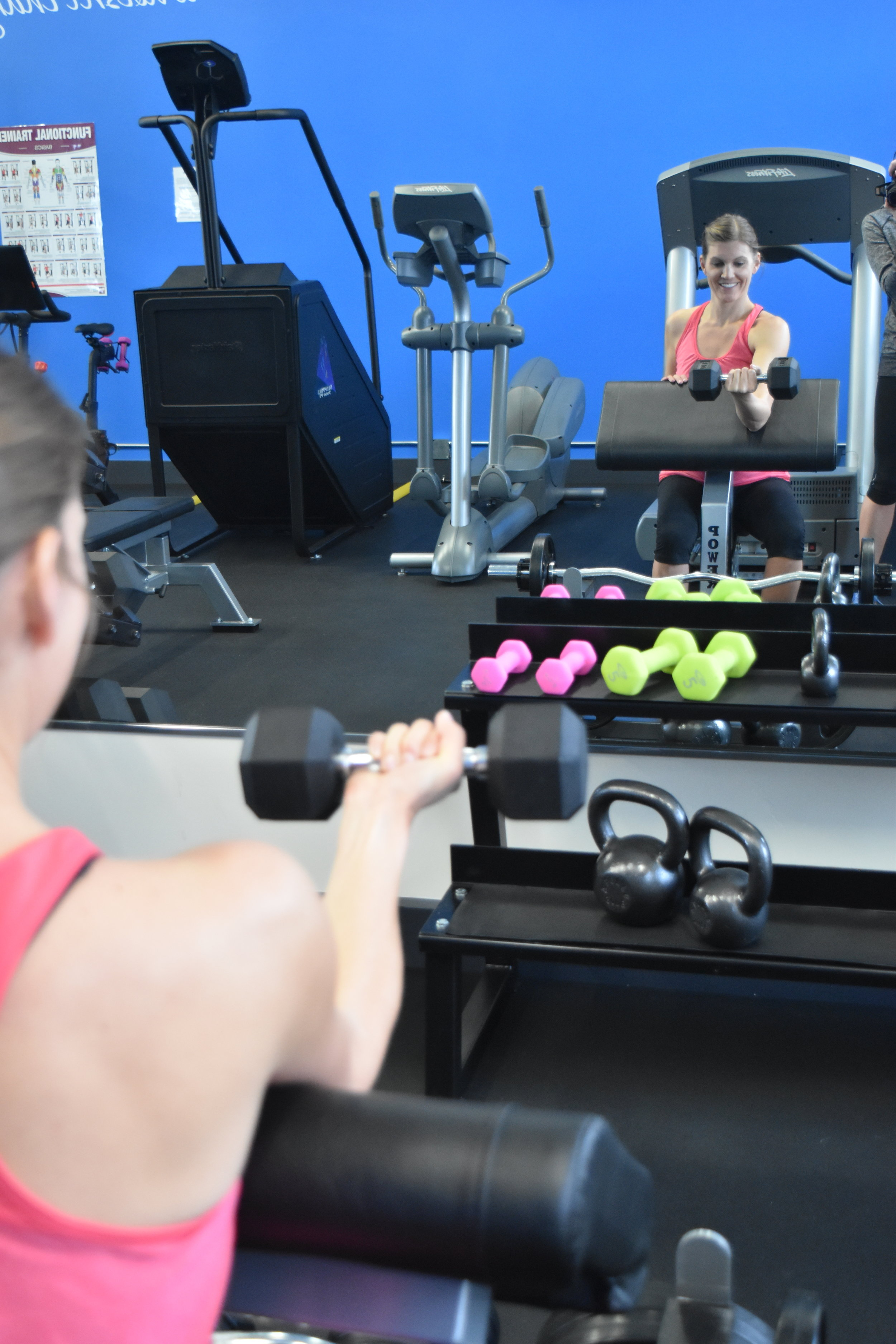 kristin's bicep curl gym fitness strength train exercise key card access crested butte gym.JPG
