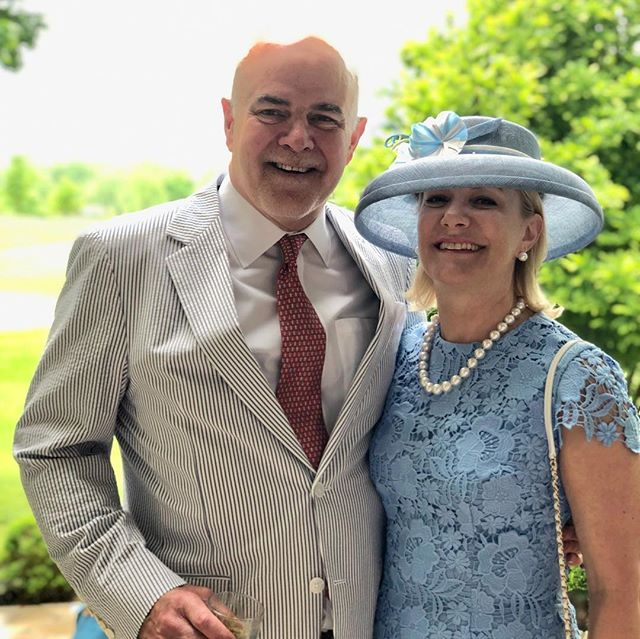 My fabulous client Liz wearing a beautiful cornflower dress with her matching custom Maria Etkind Millinery hat. Her hats is handmade out of sinamay with feather flowers accents, curled ostrich quills and handbeaded details on the hat band. @kentuckyderby #derbyfashion #millinerycouture #neworleans #louisville #imadeyourhat
